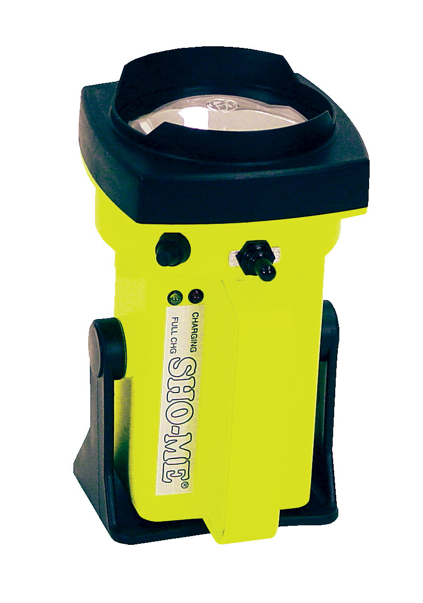 *Sho-Me Yellow rechargeable spot lantern with (1) Rechargeable battery (1) DC Charger (1) 25000 CP Halogen H-7550 Bulb